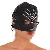 Maska s ozdobou